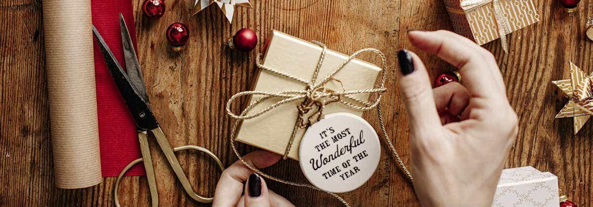 Send Money For Christmas: Send Money As A Gift - CANSTAR