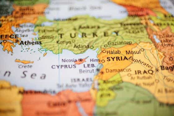 Map featuring Middle Eastern countries with focus on Syria. Turkey, Iraq also in view. Mediterranean Sea to left.