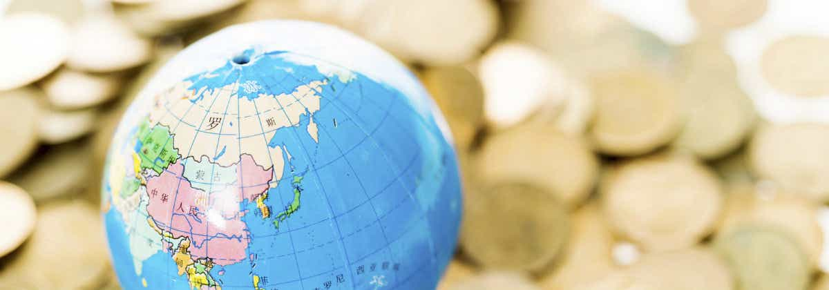 How to transfer money overseas | Canstar