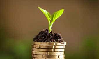 What is superannuation? Compare superannuation funds.