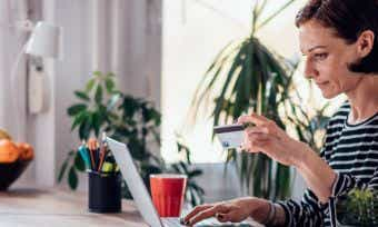 How do interest-free days work on credit cards?
