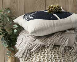 Gumtree pillow