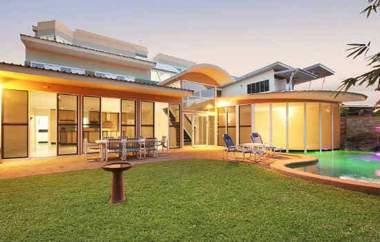 Darwin, NT – Stylish Mansion