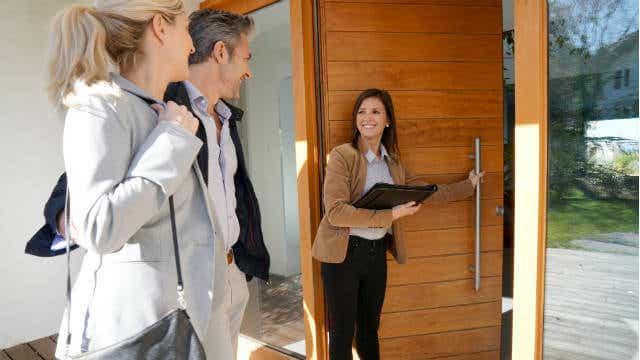 negotiating house price emotions at door