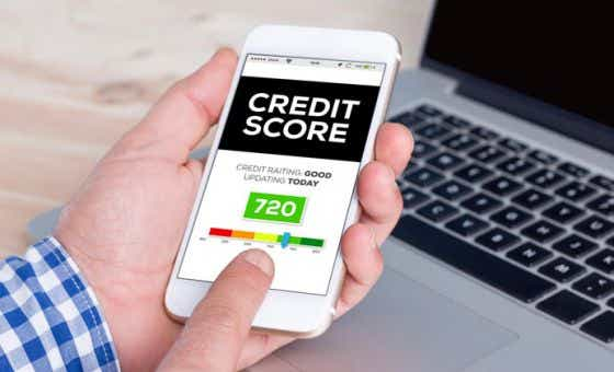 ways to ruin your credit score