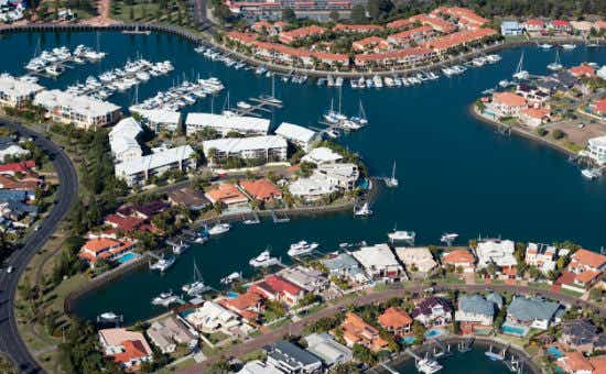 Aussies Earning Over $70k Expect To Buy Homes Soon