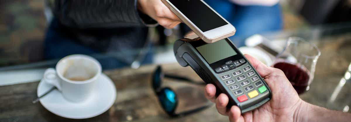 Which Australian Banks Offer Apple Pay? | Canstar