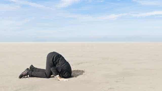 RBA Gov blames Aussie business for slow wage growth