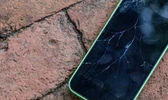 Credit Cards That Cover Smartphone Screen Repair