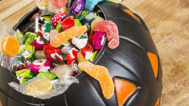 Trick-or-treat lollies Halloween
