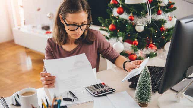 Christmas gift insurance
