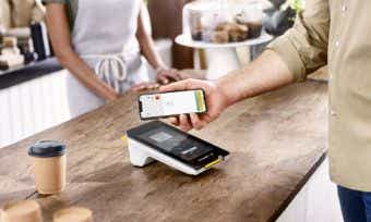 Apple Pay now available to Commonwealth Bank & Bankwest customers