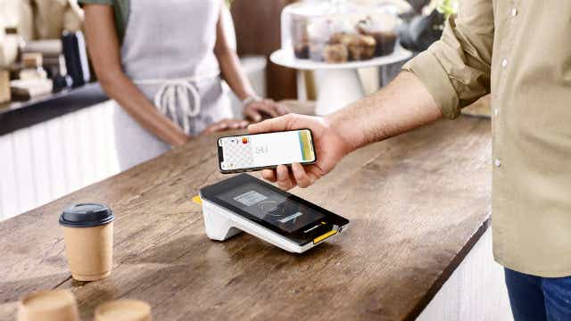 Commonwealth Bank and Bankwest make Apple Pay available