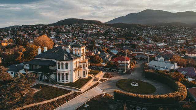 Maylands Lodge, Hobart, exterior.