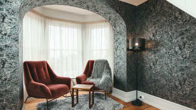 Maylands Lodge sitting area.