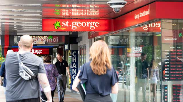 St. George Banks and other Westpac subsidiaries cut fixed home loan rates