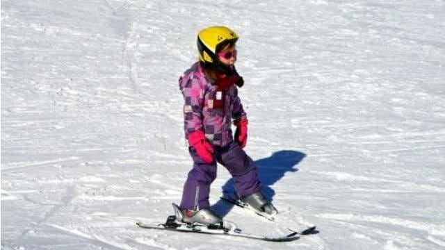 children travel insurance ski