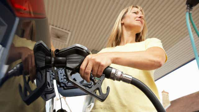 Oil prices soar_social