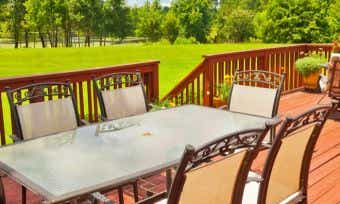 How much does it cost to build a timber deck?