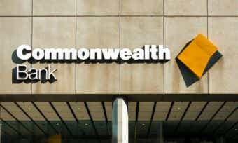 Commonwealth Bank hands out $50 to some customers after network outage