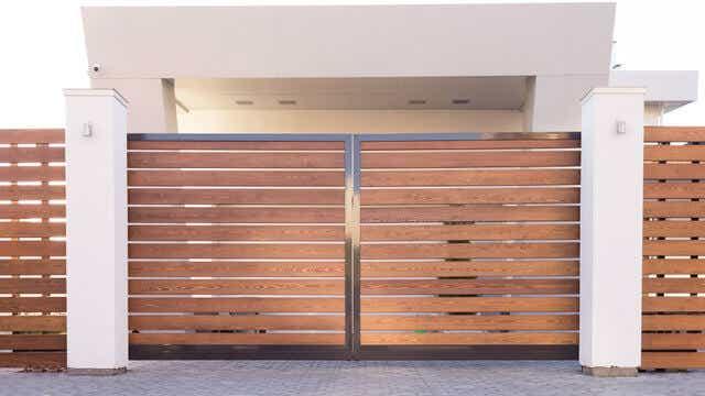 Wooden slat gate