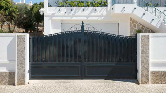 Dark Metal Gate