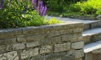5 stylish retaining wall ideas