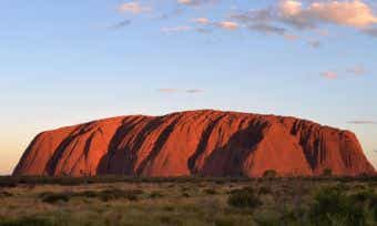 When is the best time to travel to Uluru?