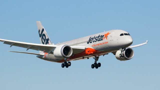 Jetstar frequent flyer points