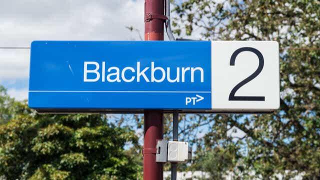 blackburn suburb melbourne