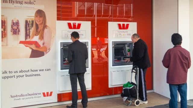 Westpac cuts savings rates Feb 2020