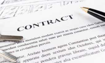Checking the contract when buying a house
