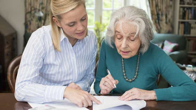 Assisting choosing power of attorney