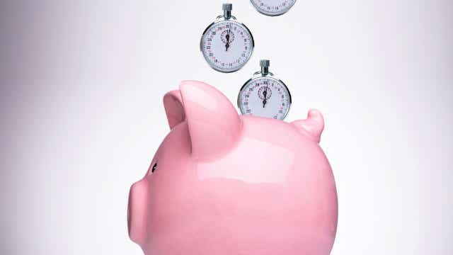 Stopwatch & Piggy Bank