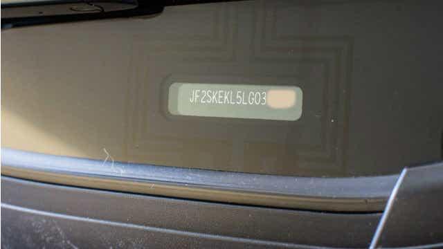VIN windscreen
