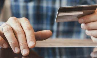10 ways you could be hurting your credit score
