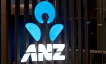 What is ANZ's new savings interest rate following cash rate cut?
