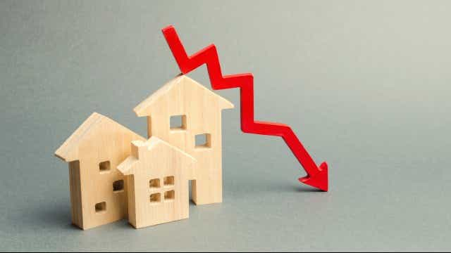 Falling interest rates on home loans