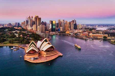 How do people invest in Sydney?