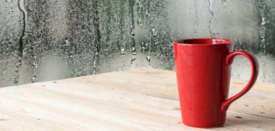 Coffee cup with rain